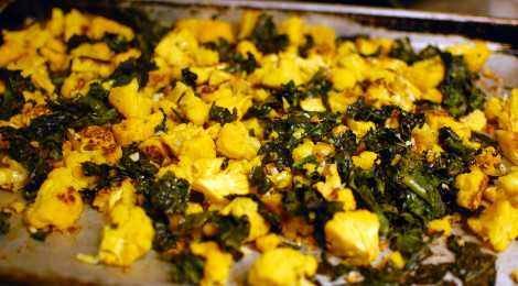 Garlic Roasted Cauliflower and Kale