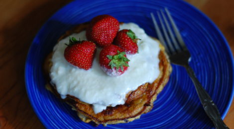 3-Ingredient Paleo Banana Pancakes